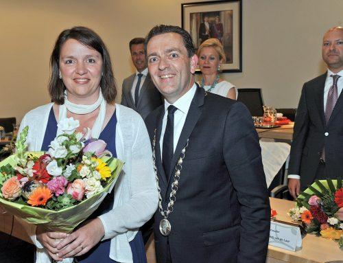 Marja Pelzer geïnstalleerd als raadslid en fractievoorzitter Wij.