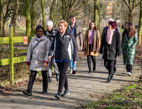De aftrap van de Wij+Rijswijk wandelgroep.